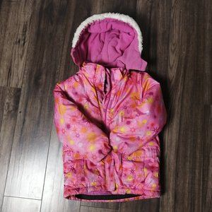 Winter coat size 6 years for girl, in good conditi